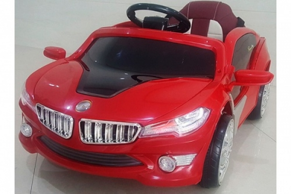 O002OO Детский электромобиль RiverToys BMW i8